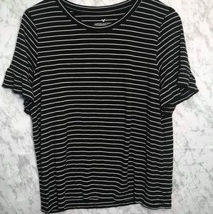 AEO Black and White Striped Shirt Size Large